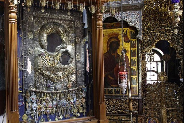Εύρεση της εικόνας Παναγίας Πορταΐτισσας - Ι.Ν. Παναγίας Βλαχερνών  Αμαρουσίου